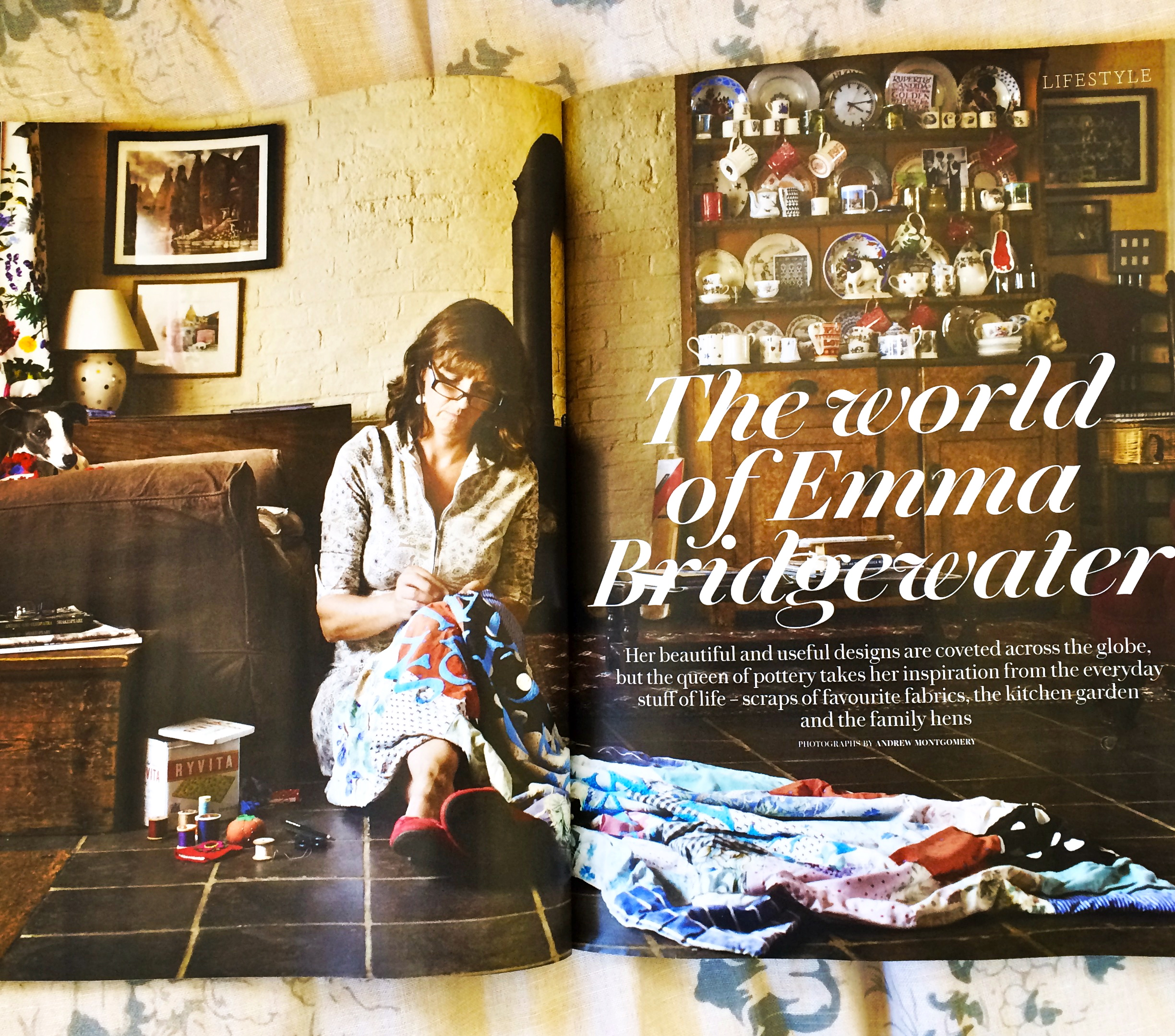 Wallpaper by emma bridgewater emma lee potter for Country living magazine phone number