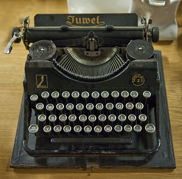 Image result for old fashioned typewriter